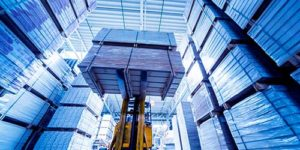 Storing Import Consignment with a folklift
