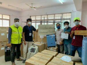 Mitarbeiter bedanken sich bei Gerlach Zolldienste bei humanitärer Hilfe